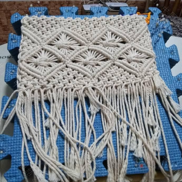 中国结论坛 依照图片仿编的包包。  立体绳结教程与交流区 235435oy662vl2izv4m9x2