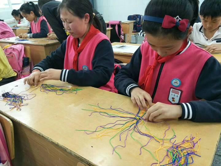 中国结论坛 又是周三,学校上课  结艺网各地联谊会 210352g8w4nzx94x54993k