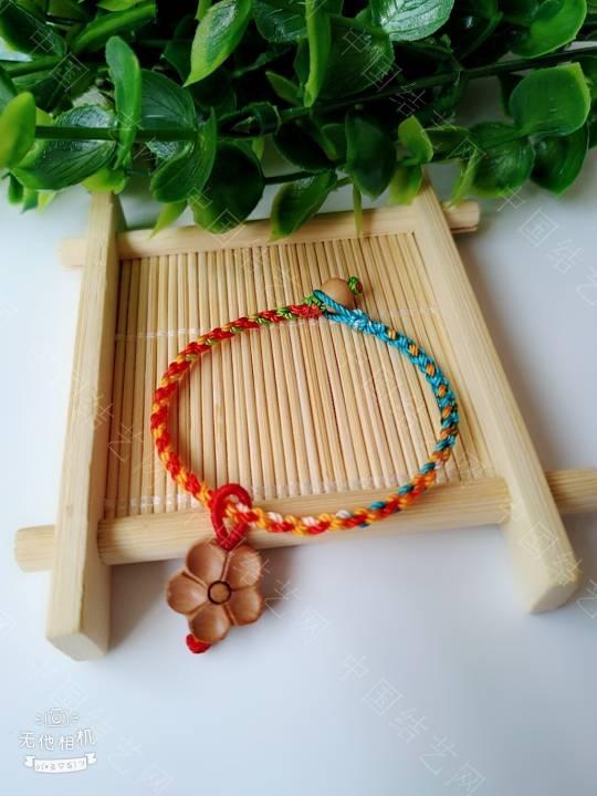 中国结论坛 简单的五彩绳  作品展示 200931ijawu8n6x7ucnw7k