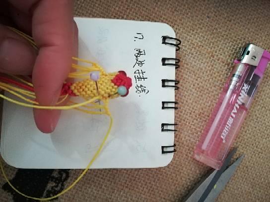 中国结论坛 小金鱼,试着写了一个,请多指教  立体绳结教程与交流区 232748g797pp1pli49h05h