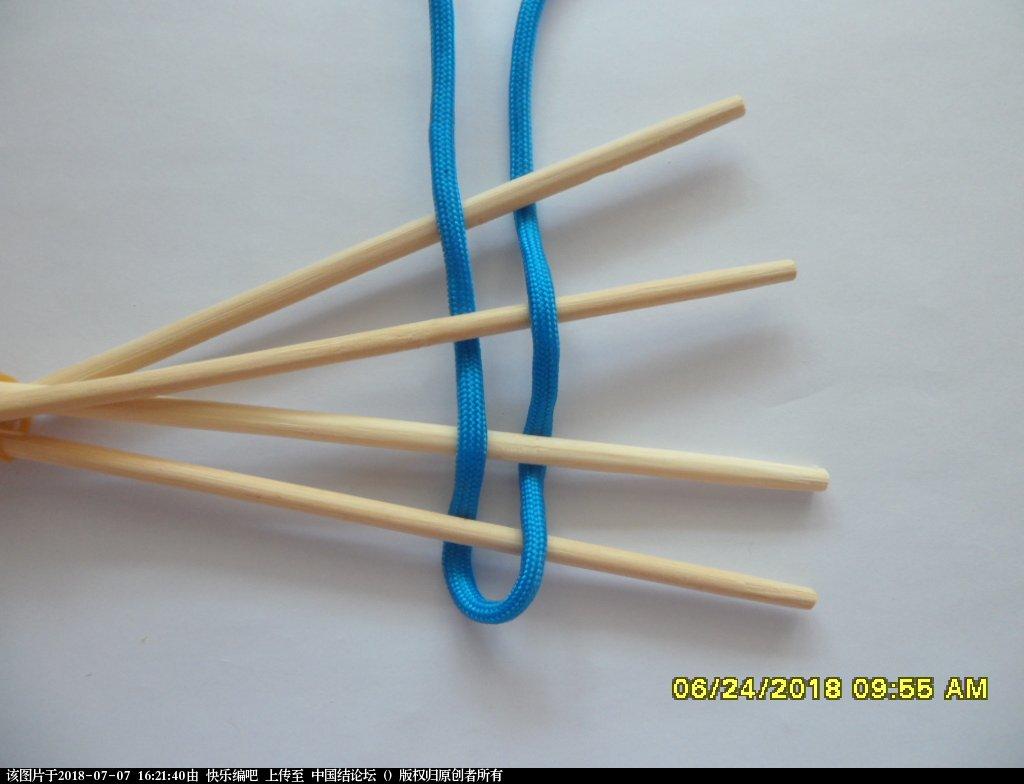 中国结论坛 简单实用的伞绳小挂件(2)  图文教程区 153849a75lllr2w7y9y3nn