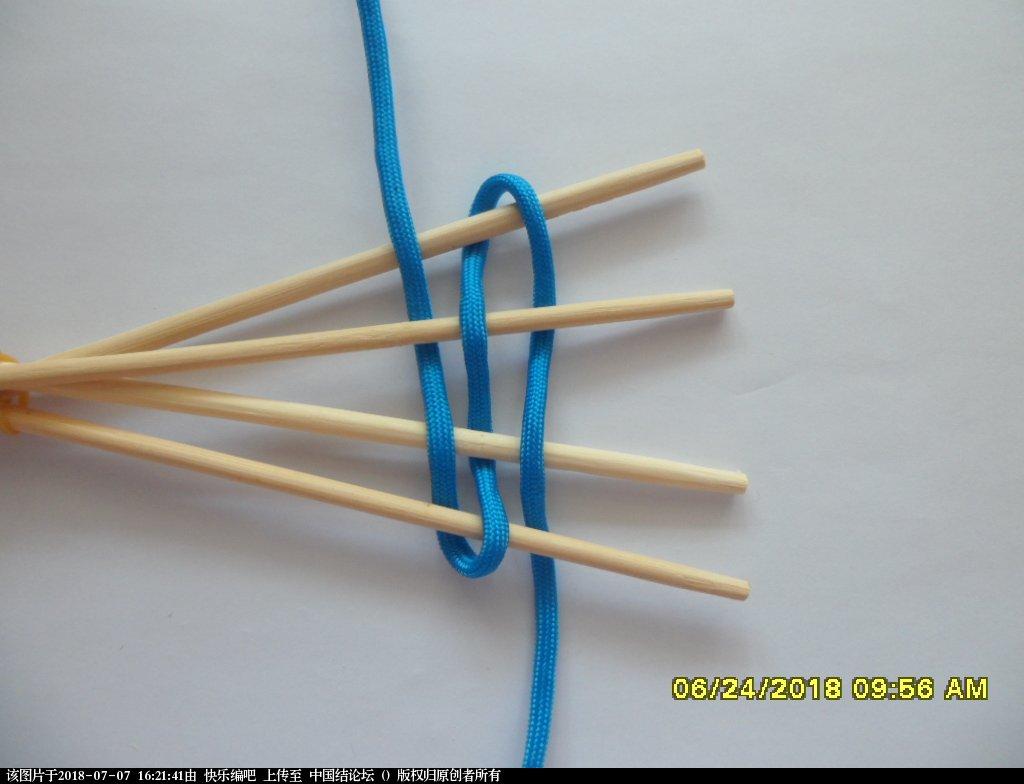 中国结论坛 简单实用的伞绳小挂件(2)  图文教程区 154222vw7px3jeeed86wwc