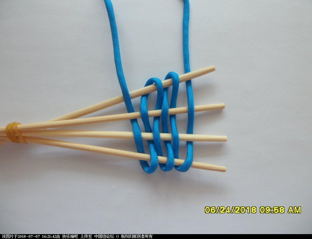 中国结论坛 简单实用的伞绳小挂件(2)  图文教程区 154538p31dg189csnsi8sz