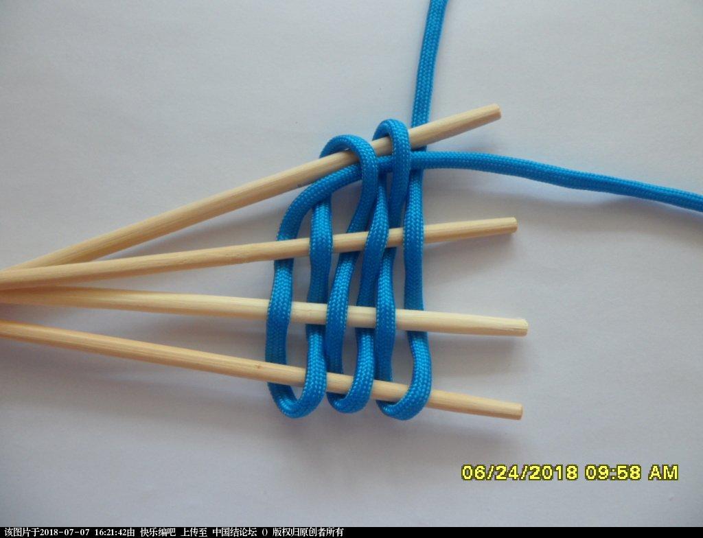 中国结论坛 简单实用的伞绳小挂件(2)  图文教程区 154652nt8cgget6ugwztqn