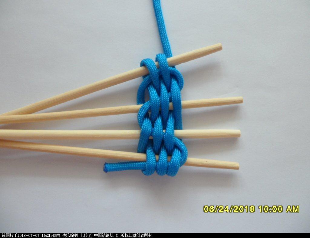 中国结论坛 简单实用的伞绳小挂件(2)  图文教程区 154806d46c6qkriyvsrgsb