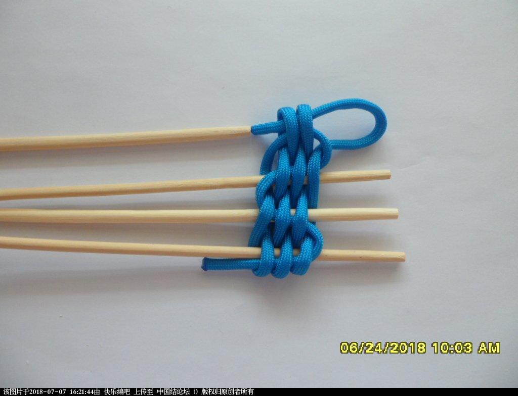 中国结论坛 简单实用的伞绳小挂件(2)  图文教程区 155221cvvdvt5eokzzz4tt