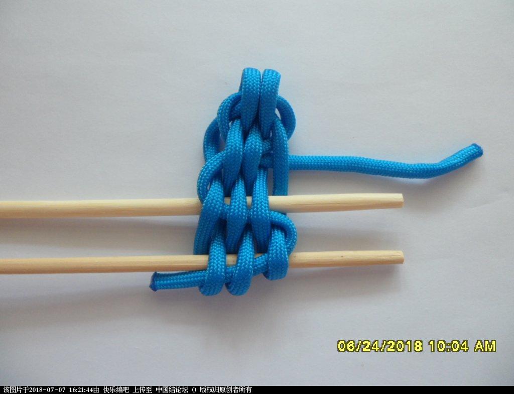 中国结论坛 简单实用的伞绳小挂件(2)  图文教程区 155240bfxxsxef6xl5rj0z