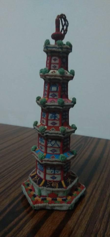 中国结论坛 合家幸福欢乐宝塔完工,历时半年  立体绳结教程与交流区 193138oz5hxm7n61b76cxn