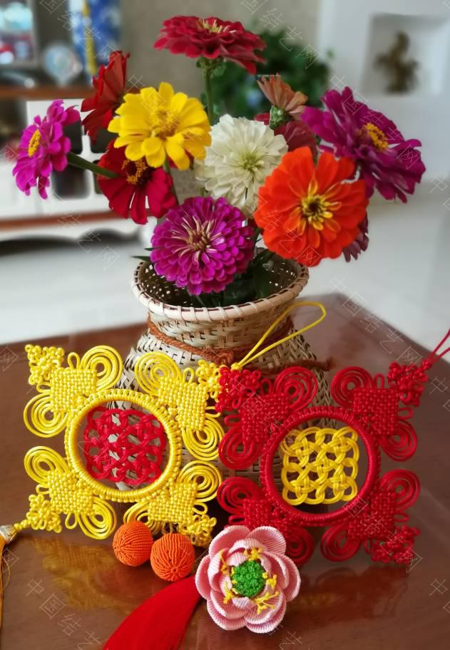 中国结论坛 花团锦簇庆国庆,硕果累累庆丰收。  作品展示 105640cxxx1yojovjxzp8x