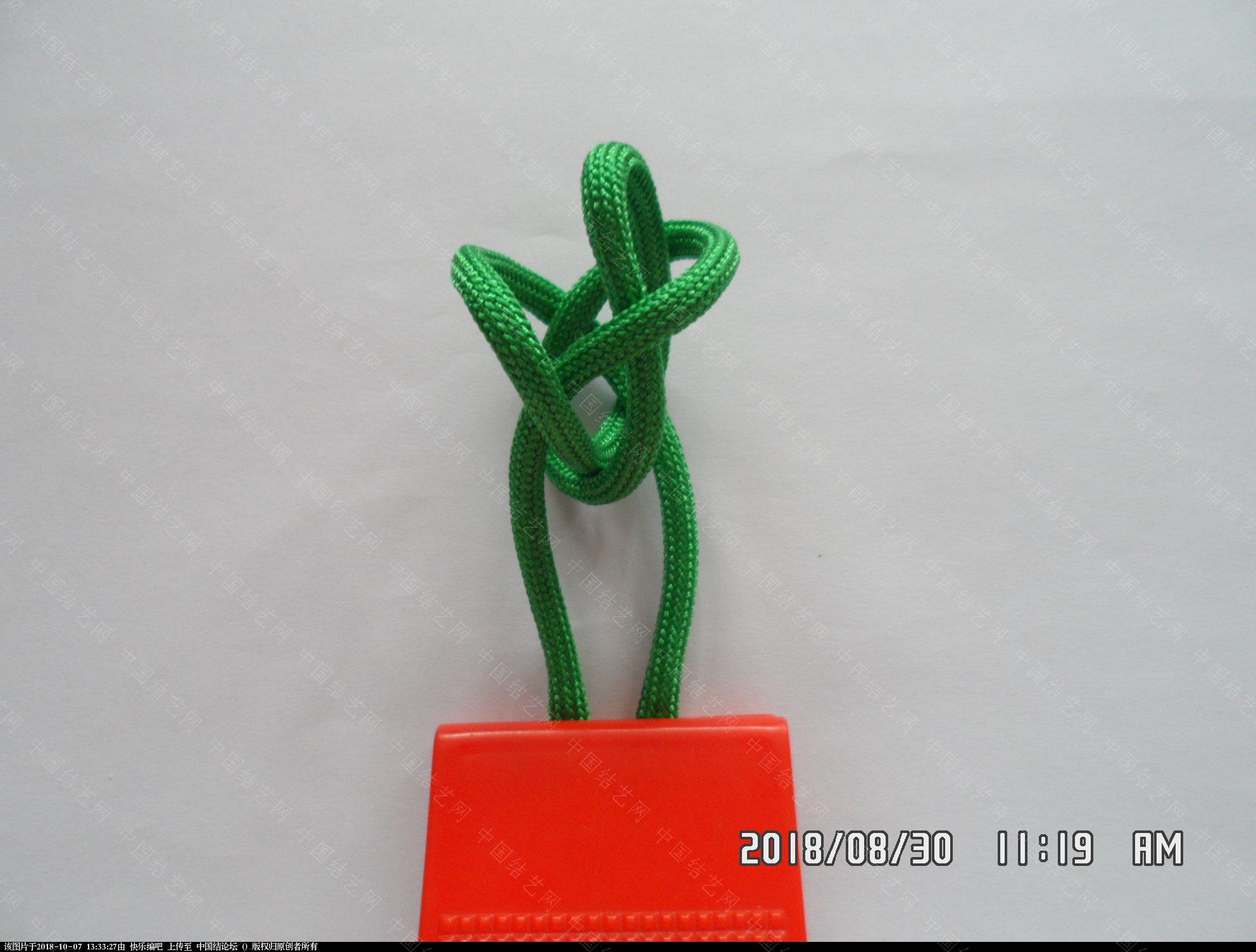 中国结论坛 伞绳刀坠 —— 三角结还可以这样编  图文教程区 125843qo6qnp4dnnwvh365