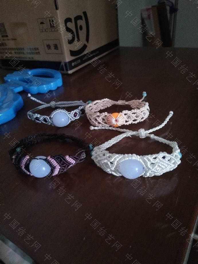 中国结论坛 玩手工是我的兴趣爱好,我只是喜欢编手链  作品展示 191925n14c4ncw0z9vppce