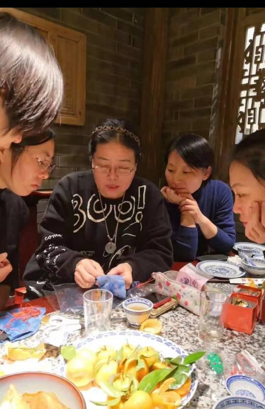 中国结论坛 北京部分结友小聚  作品展示 071224v6tdygif3666pwi6