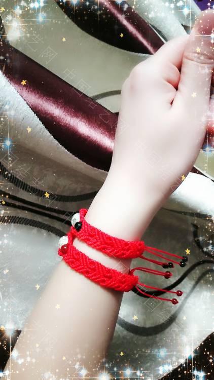 中国结论坛 一个朋友五六个银桶珠让我给编手链,清一色的红绳  作品展示 110328o9bqwbqtoo9dbr2j