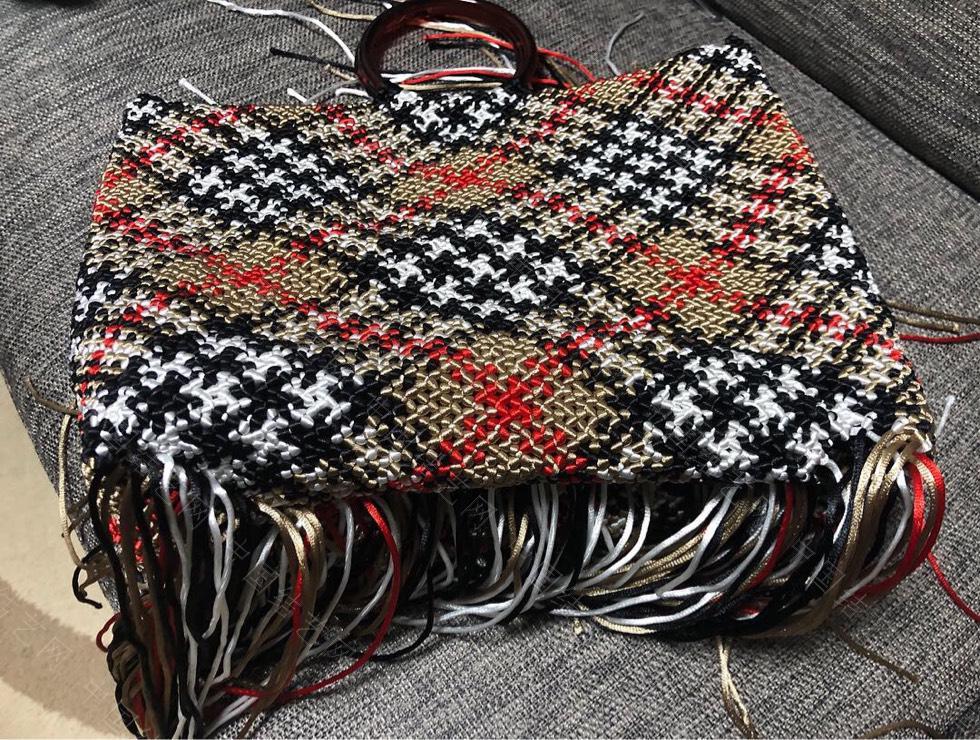 中国结论坛 苏格兰格子的手编包包  作品展示 134623kzds44hhss2d99w9