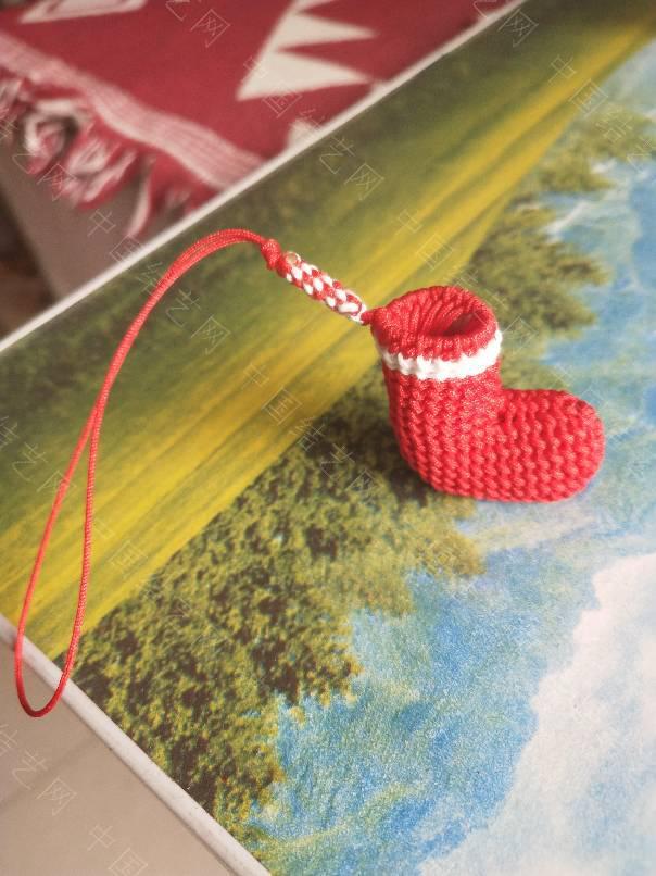 中国结论坛 圣诞小袜子,感觉编的很成功,哇咔咔,好开心。真的很萌。  作品展示 102324elhvzvslxwybbviy