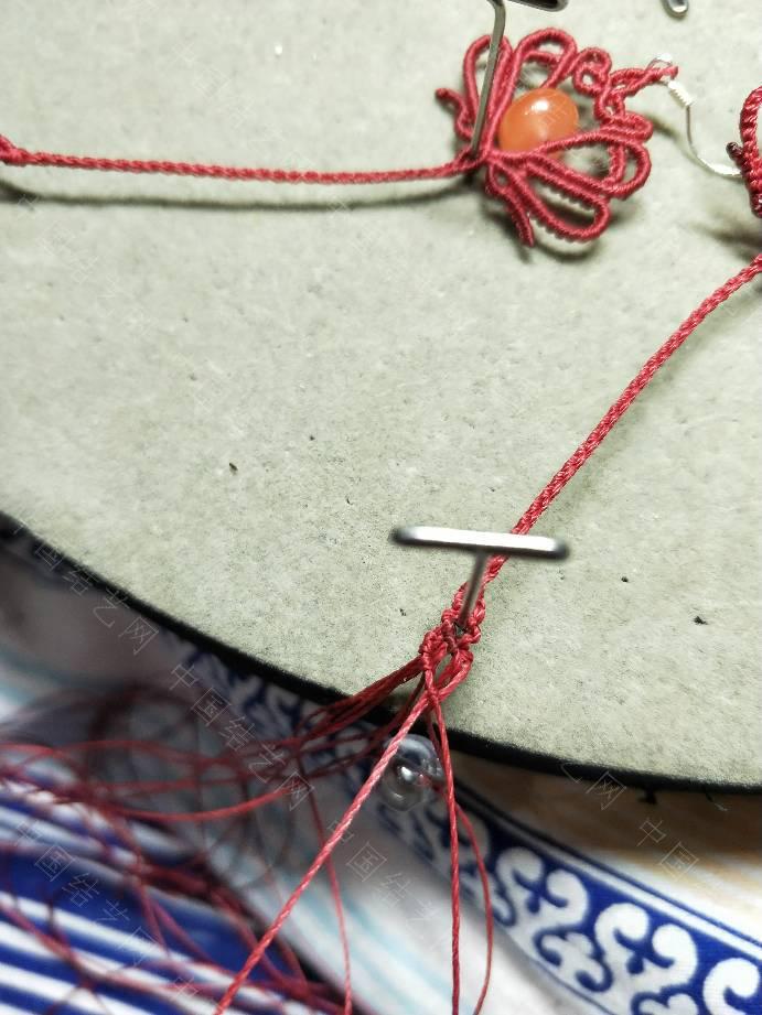 中国结论坛 改良版耳环教程  图文教程区 125142hx28znk07jejem5z