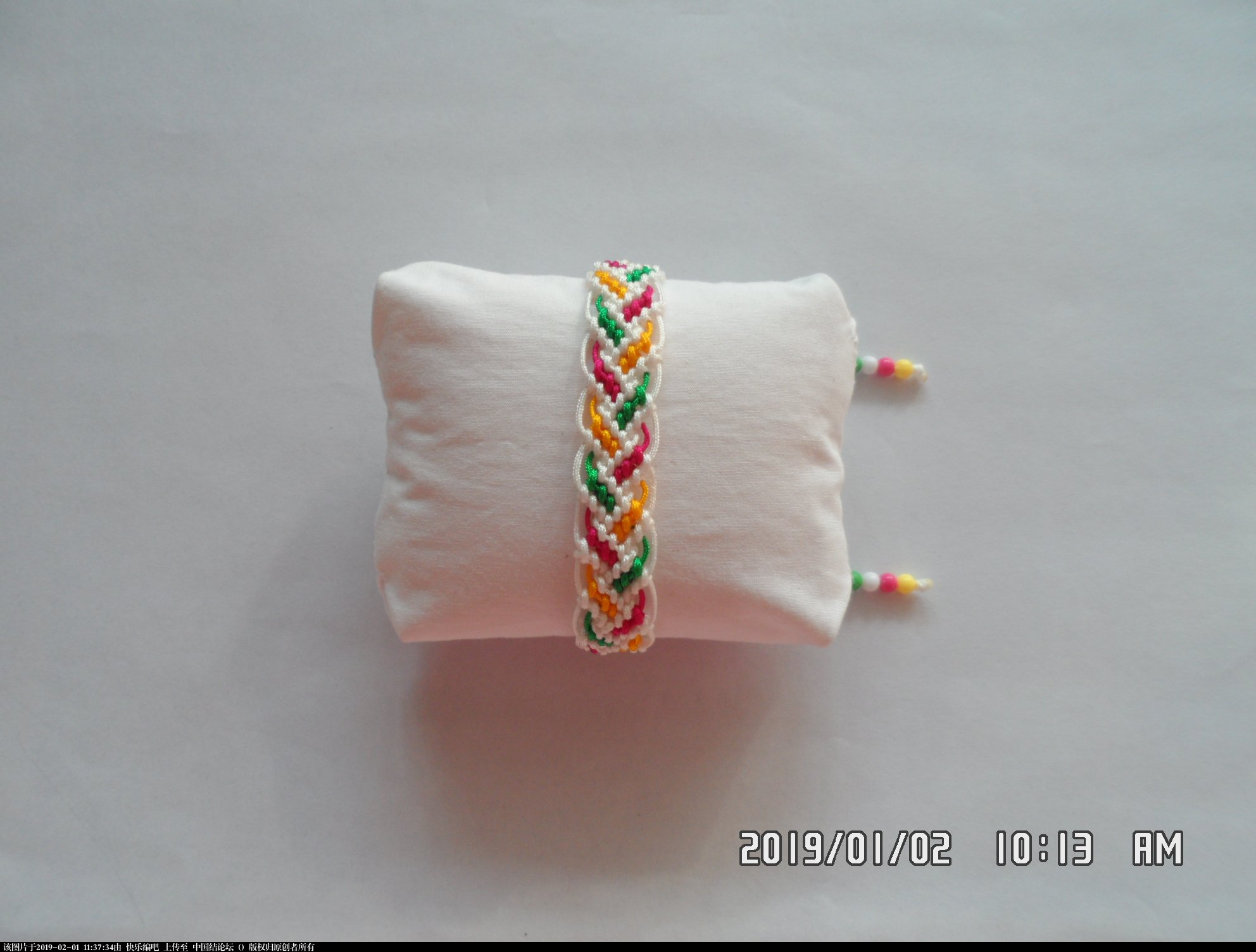 中国结论坛 一款彩色辫子图案手绳的编法 —— 反斜卷结练习  图文教程区 110333tp3tstpuitpluczc