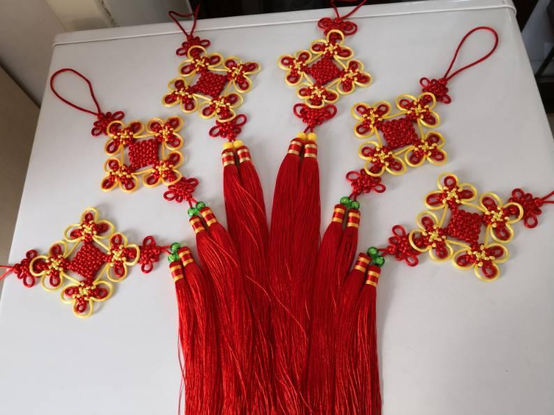 中国结论坛 小挂饰 挂饰,小挂饰图片,自制简单小挂饰,手工小挂饰,书包上的小挂饰怎么做 作品展示 145741tvrr3r1qdr1l1lf1