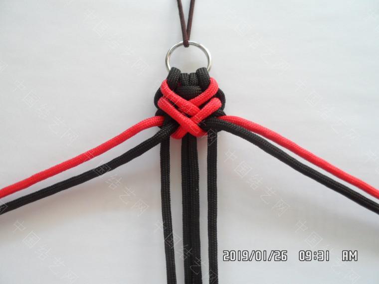中国结论坛 一款漂亮的伞绳挂件(5) 漂亮的,挂件,漂亮,一款 图文教程区 132114xmwb79wv9v79cr94