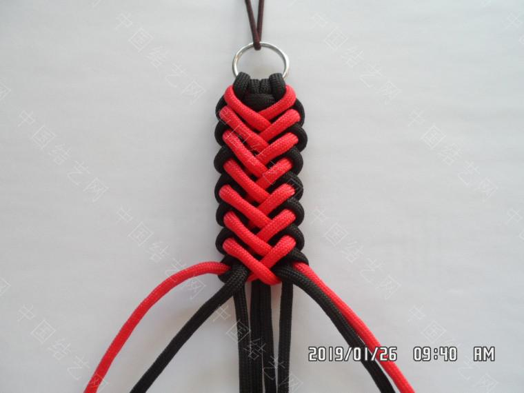 中国结论坛 一款漂亮的伞绳挂件(5) 漂亮的,挂件,漂亮,一款 图文教程区 132143hs2okxox72og22a6