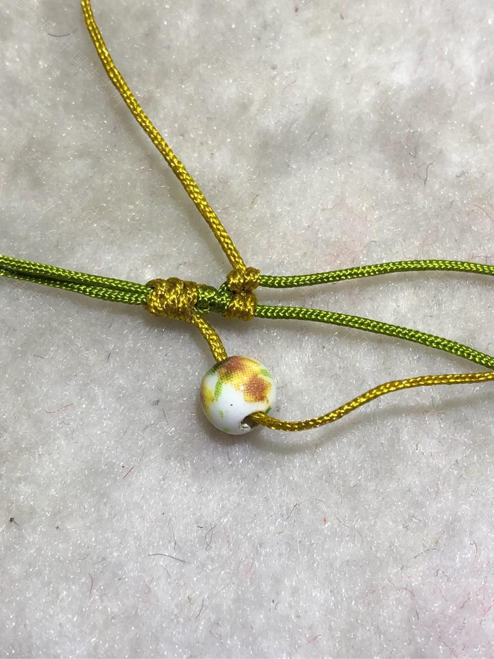 中国结论坛 陶瓷珠蕾丝手链。  图文教程区 144832u4lhl6ssj4thhb45