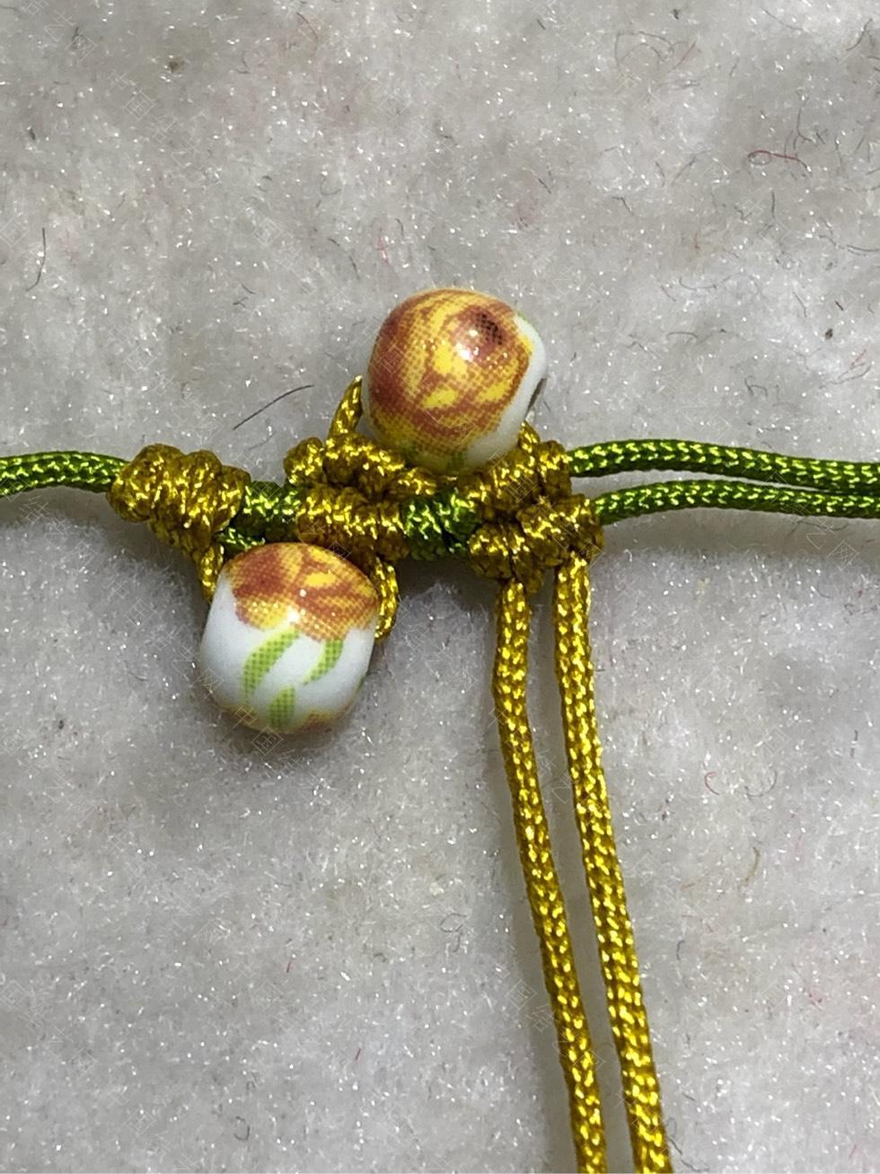 中国结论坛 陶瓷珠蕾丝手链。  图文教程区 144841usasmmx66sxsqym6