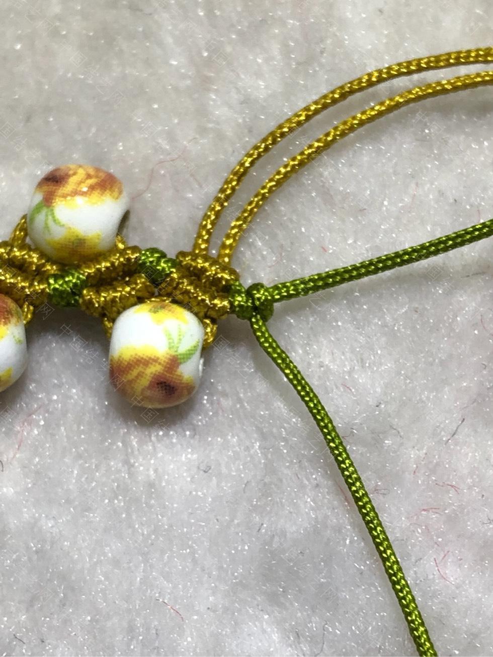 中国结论坛 陶瓷珠蕾丝手链。  图文教程区 144845p53ycwwz3ik5hsc5