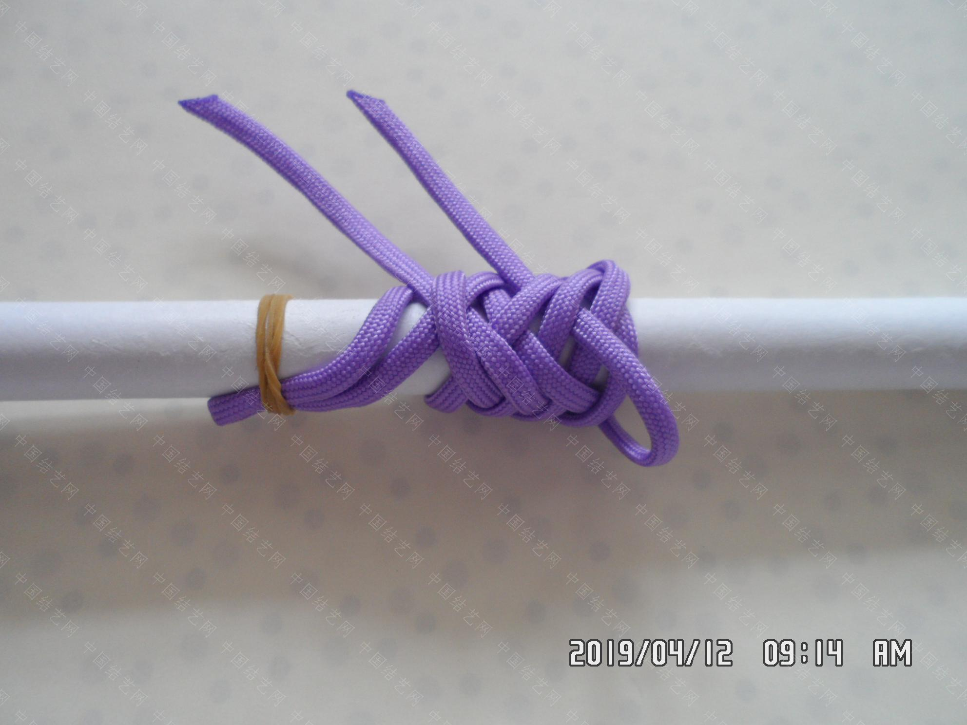 中国结论坛 一款伞绳扁形小挂件的走线方法  图文教程区 171520rmllh9clen1xxten
