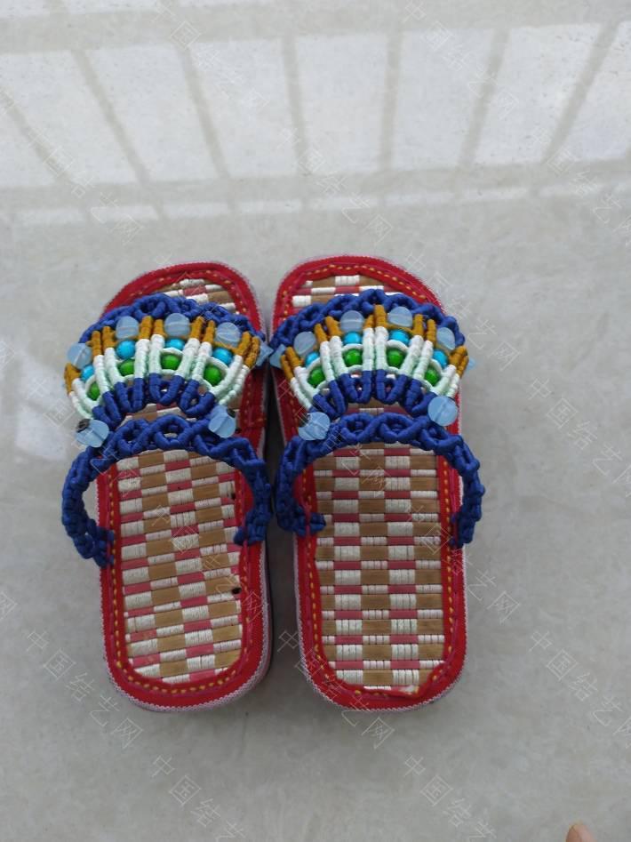中国结论坛 串珠童趣拖鞋  作品展示 144029xu4lngtku13zmanz