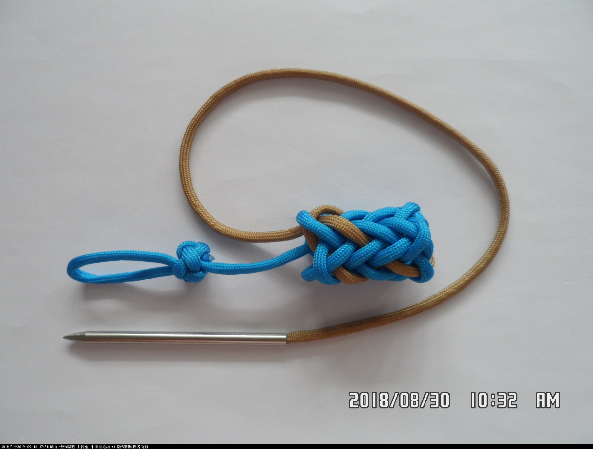 中国结论坛 一款伞绳菠萝形小挂件的走线方法  图文教程区 153535s5exaxmxae9w5xma