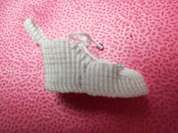 中国结论坛 白色运动鞋  作品展示 075026ds3v3ivb29vw0337