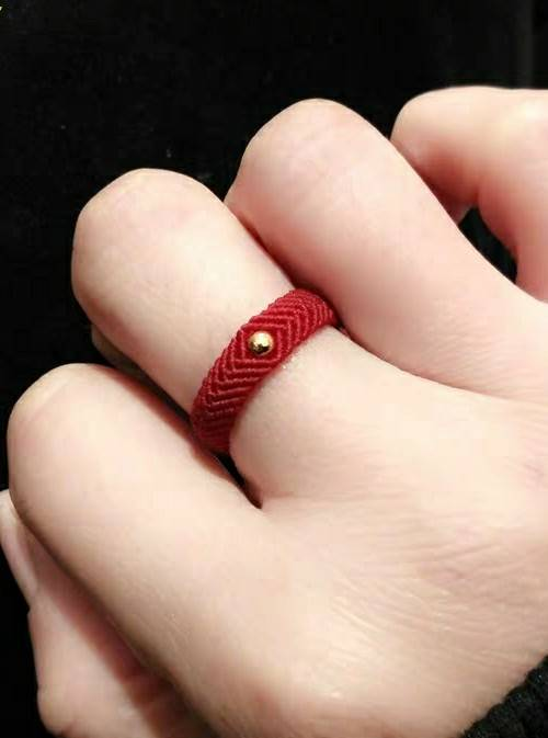 中国结论坛 超喜欢的线编戒指  结艺互助区 190804atx4xz2smvxxv18s