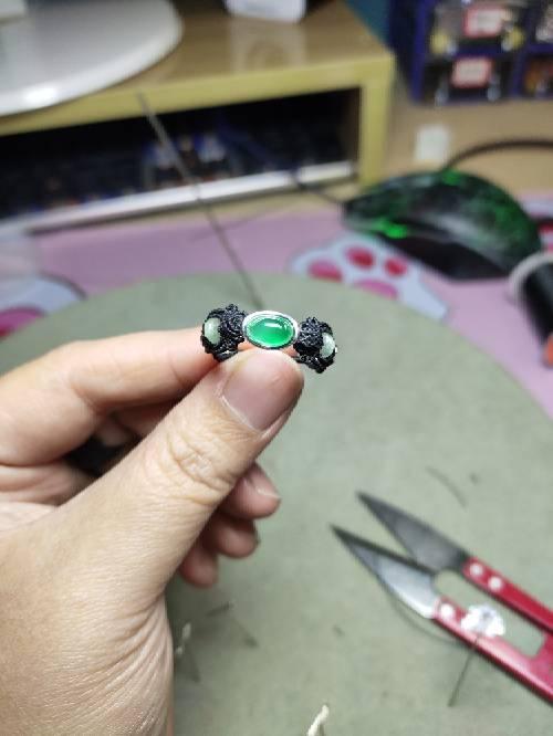 中国结论坛 小戒指 女生左手小指戴戒指,周迅手上戴的什么,折一个简单的戒指,儿童钻石戒指,小戒指怎么折 图文教程区 074626va5mntlt5ma30n5n