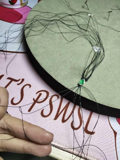 中国结论坛 小戒指 女生左手小指戴戒指,周迅手上戴的什么,折一个简单的戒指,儿童钻石戒指,小戒指怎么折 图文教程区 074632wzluimdicx3umzui