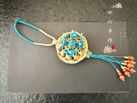 中国结论坛 古风镂空香囊  作品展示 184948jz0h1govvapg99am