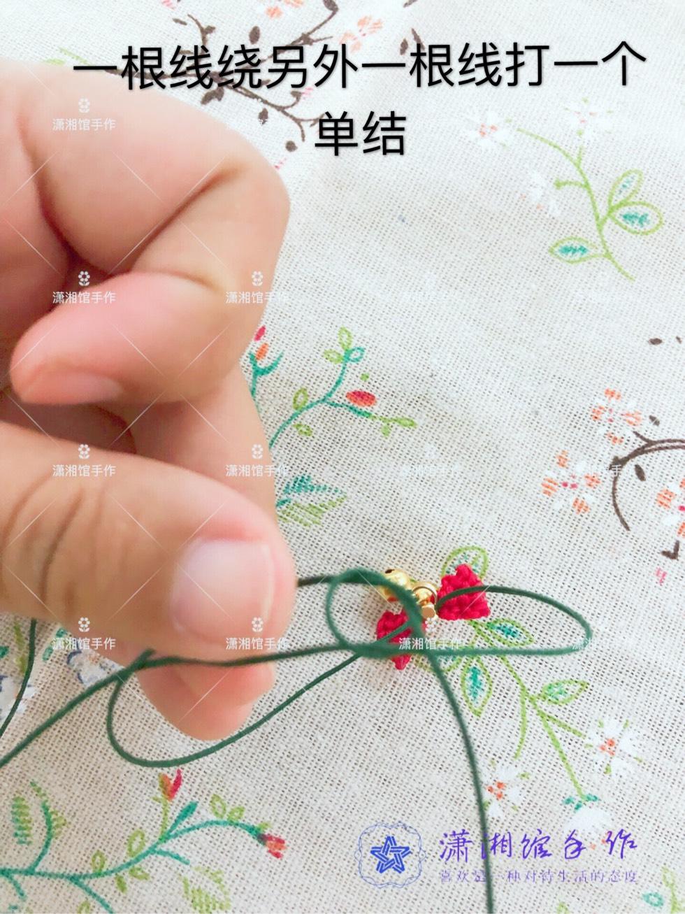 中国结论坛 圣诞节蝴蝶结手链  图文教程区 114915cgaks7rr543ttdtj