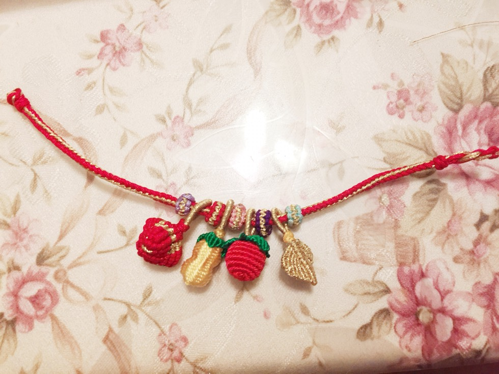 中国结论坛 宝贝的新年手链 手链,宝贝,新年,新年对宝贝成长祝福语 作品展示 211657mtavvxokv9d747ho