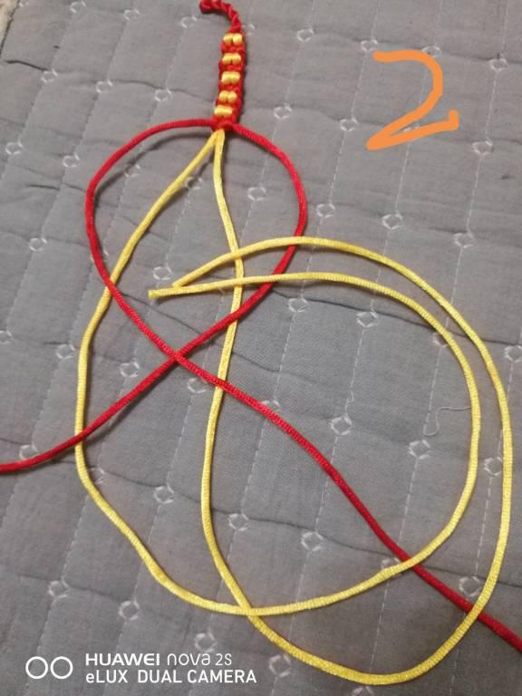 中国结论坛 金豆红绳手链 手链,金豆,红绳手链,金豆串红绳怎样编,两头可滑动的活扣图解 图文教程区 063525rrsf7owd48eoscmb
