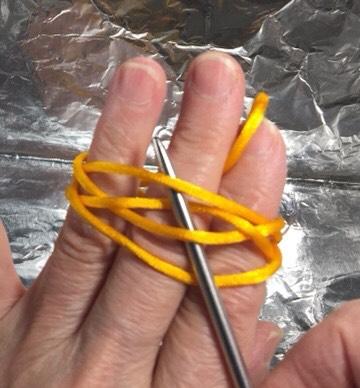中国结论坛 簡單做球的穿法!用缐長度約200 cm  图文教程区 004348tux3xwfwwow6ffzl