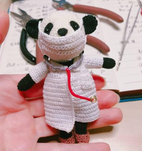 中国结论坛 向奋战在一线的医务人员致敬!! 奋战,一线,医务,医务人员,人员 作品展示 201024dwfwwsw54ff1w91p