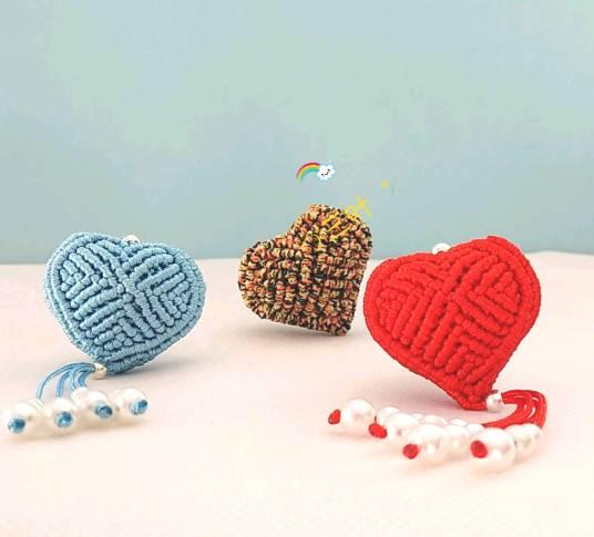 立体爱心教程,教你用绳子怎么编爱心教程