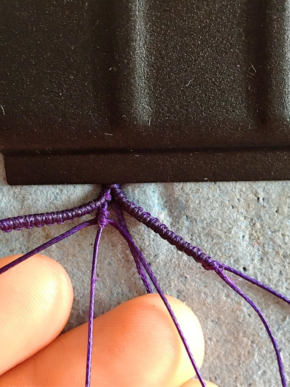 中国结论坛 项链绳中间过渡 两端抽拉的绳结怎么打,一根线穿吊坠打结方法,二根绳子各种编法图解 图文教程区 142654ao4o5vmogg7at499
