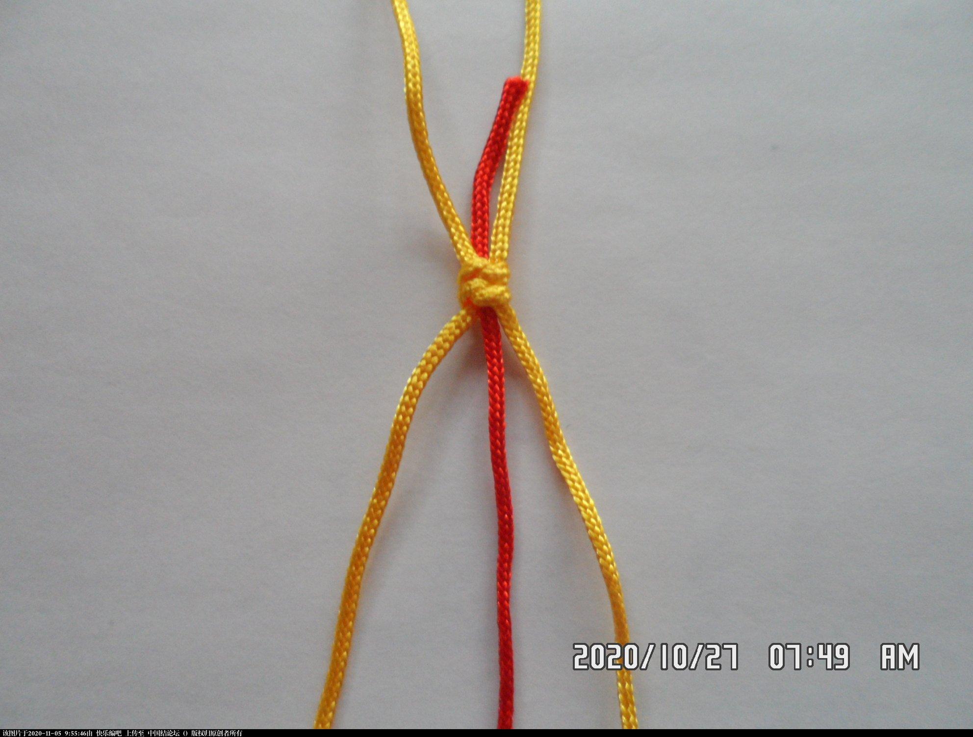 中国结论坛 一款添加装饰线的平结手绳 —— 平结还可以这样编(4) 平结,平结的链,手链,中国结入门基础教程 图文教程区 085934y5jjwqqj95jzq4jj