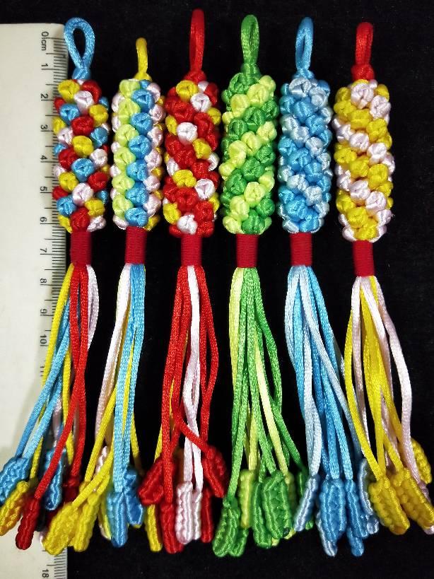 中国结论坛 蛇柱:5号线(5根线,四根1.25米、一根80厘米,80厘米编一个双联结做挂线) 蛇柱,小挂件,蛇结 作品展示 175821lcmy3ffzbmy3ecwz