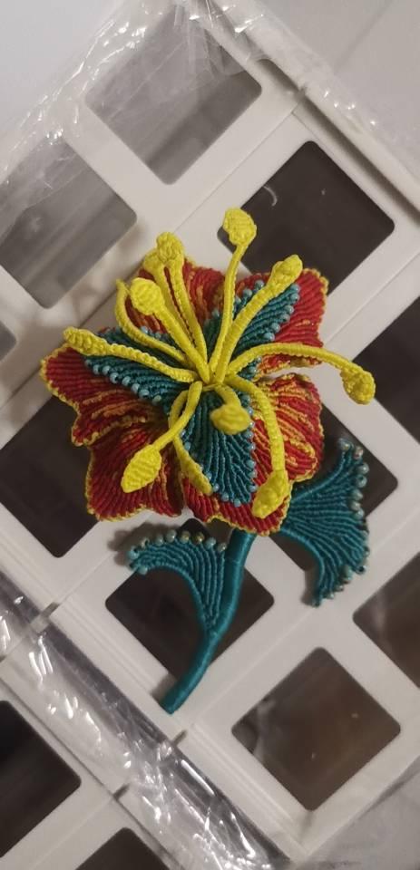 中国结论坛 胸针 花卉,斜卷结立体,胸钍 作品展示 100243ztodjcd7d8jouoi5