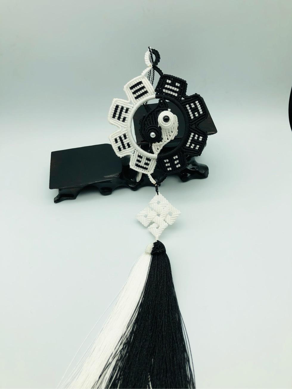 中国结论坛 黑与白 黑与白歌曲,白的还是黑的什么意思,黑与白之间的关系,黑与白是我们的距离 作品展示 222800edfdqgd8vbve2e2p