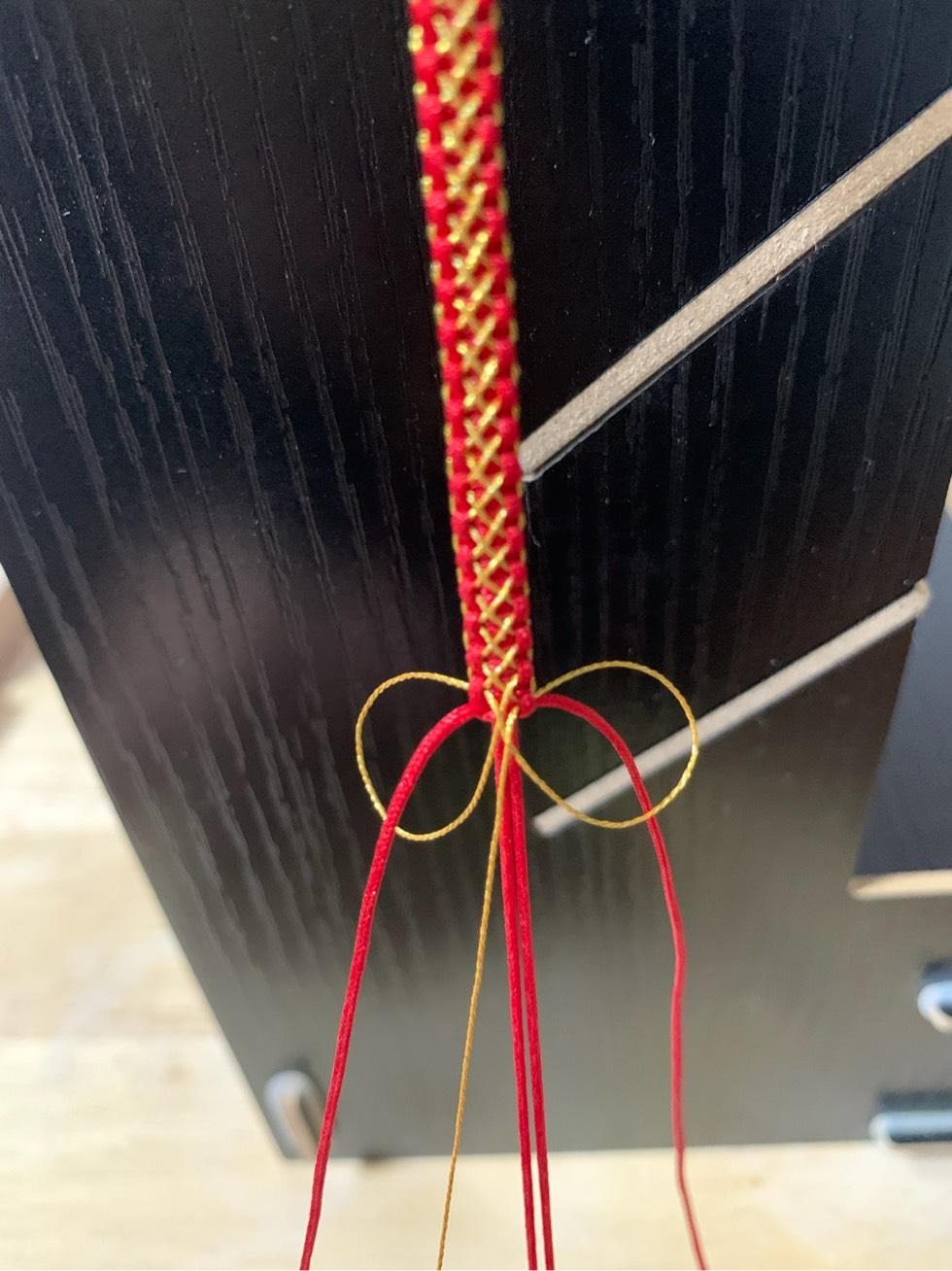中国结论坛 平结加金线手绳简单编法 一根绳子编法大全简单,金线红绳手链编织,二根绳子各种编法图解,平结加金线的编法,绕金线手链编法 图文教程区 205451ojainahjqqll2rmr