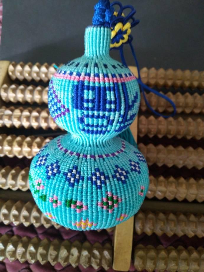 中国结论坛 原创编织葫芦~繁花点点 葫芦的编织教程图解,手工编织葫芦,手工编织葫芦挂件教程,葫芦的钩织教程 作品展示 162753roillzoq21qcey22
