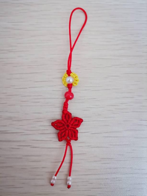 中国结论坛 最近编了些手绳、书签、小挂件~ 手机挂件编法简单,手工编织最简单的挂件,手工编珠子小挂件视频,手工编织挂件绳的编法 作品展示 181128jss87m0mla57hqxe
