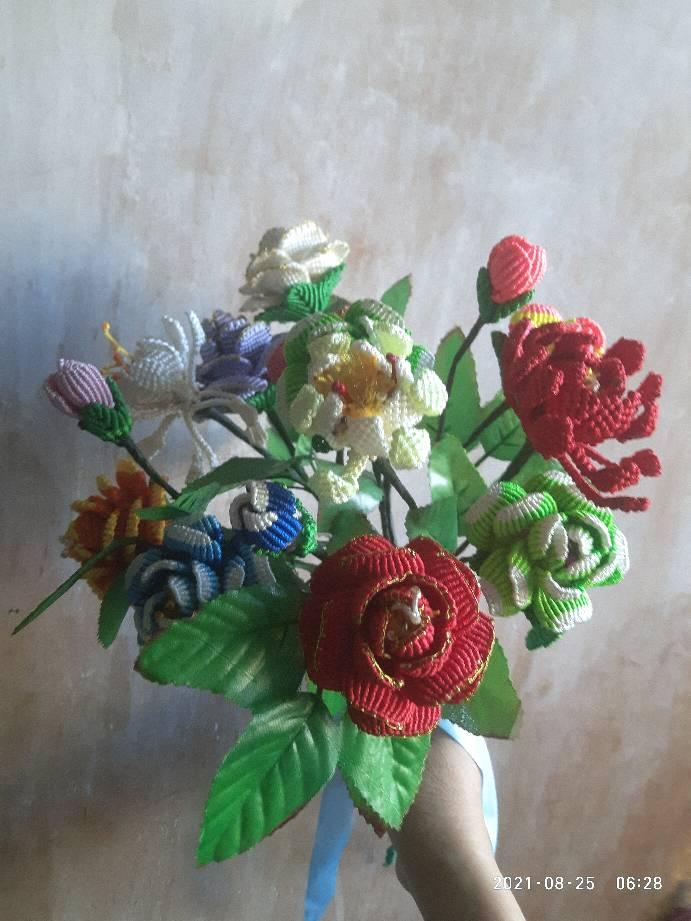 中国结论坛 我的一束花 一朵花的故事,画一束花,以一束鲜花写一个故事,一束花,一束鲜花的作文 作品展示 211026c3e7zq7n3tf7a73o
